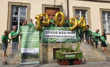 Unterschrift-Übergabe in Bamberg